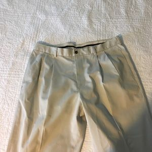 Brooks Brothers Khaki great condition size 38/30